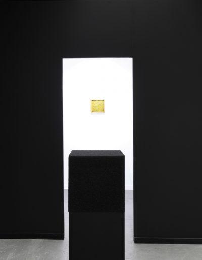 02.  wystawa Większy niż Szafa / exhibition Bigger than Wardrobe, Galeria Salon Akademii, Warszawa, 2018, Solo, Instalacja przestrzenno-dźwiękowa / Solo, instalation