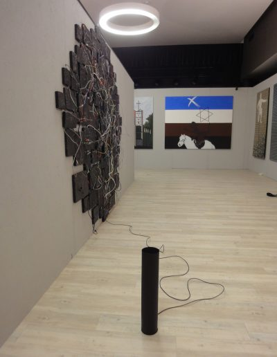 04. wystawa Różni Malarze z ASP w Warszawie, Galeria A, Starogard Gdański, instalacja BAND, 2016