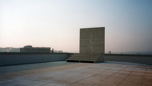 le-Corbusier_Unite-dHabitation-roofpart-B