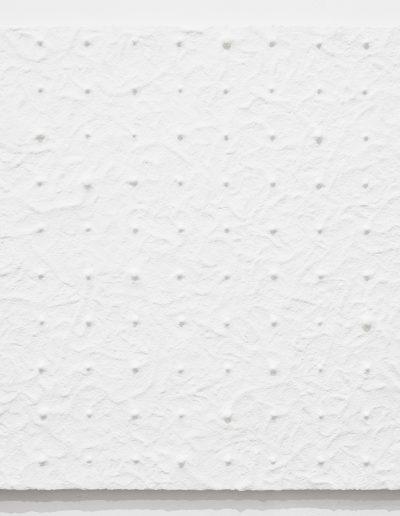 12.Duchowski Maciej - Obraz bez tresci, Czas rzeczywisty 3 (B), 2019, kable gladz polimerowa, 140x160cm - [fot Adam Gut] 2000px